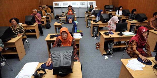 Hasil gambar untuk ujian sertifikasi guru