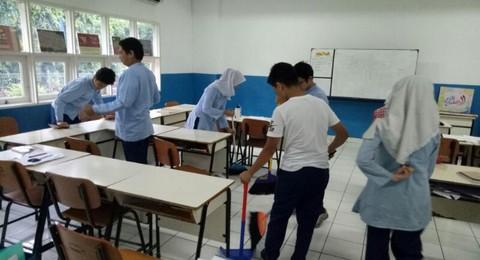 Cara Membersihkan Kelas