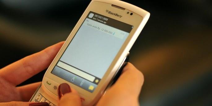 Keuntungan dan Keunggulan Memakai SMS Banking BCA