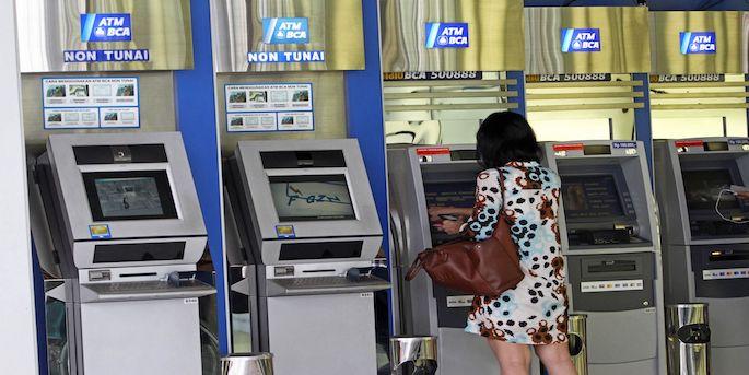 Tips Transfer Uang Lewat ATM BCA